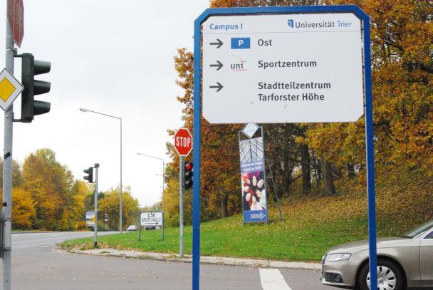 Kohlenstrasse Abfahrt Universitat Parkplatz Ost